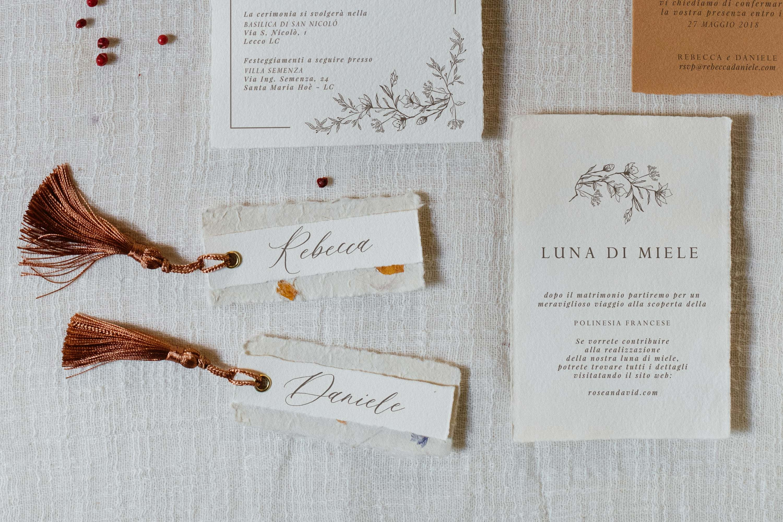 Segnaposto Matrimonio Artigianali.Segnaposto Matrimonio Fiorito Artigianale Ceralacca Studio Alispi